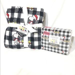 Peanuts Snoopy Polyester Queen Size Bedding Set